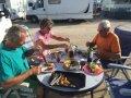 Per-Arne, Hilde och Kent vid middagsbordet