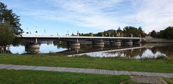 Bron in till Vichy